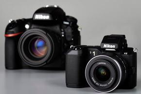 Nikon-SLR-vs-Nikon1