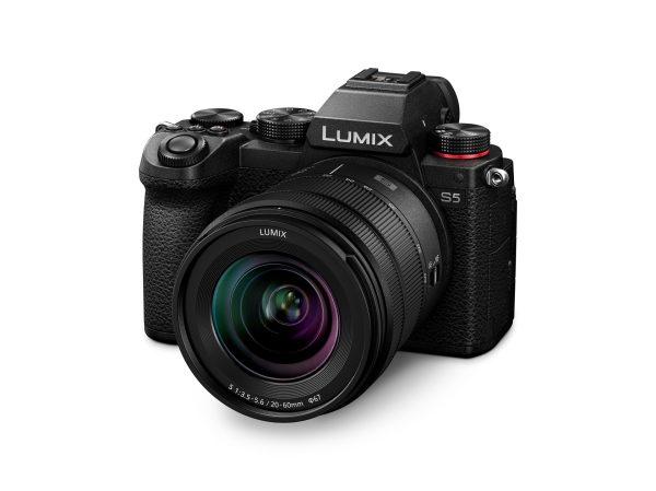 Panasonic lumix S5 productshot